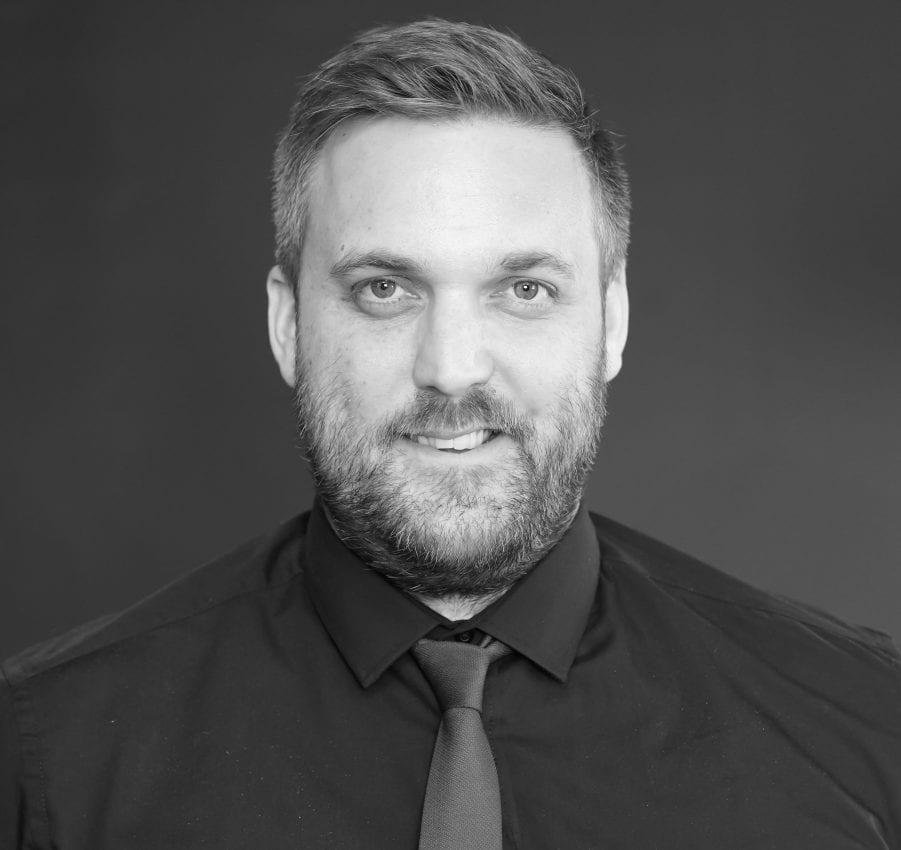 Headshot of Ian Meryyfield, Wealth Advisor for Whiskey & Wealth Club